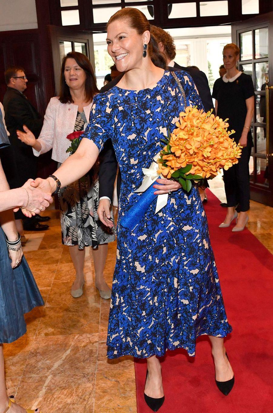 La princesse Victoria de Suède dans une robe Rodebjer à Hanoi, le 6 mai 2019