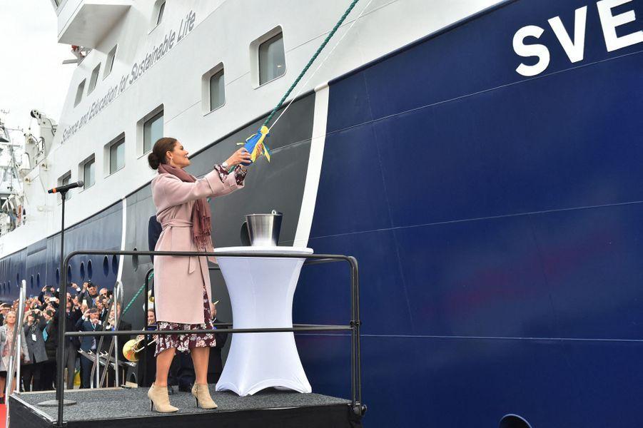 La princesse Victoria de Suède baptise le navire de recherche R/V Svea à Lysekil, le 25 septembre 2019