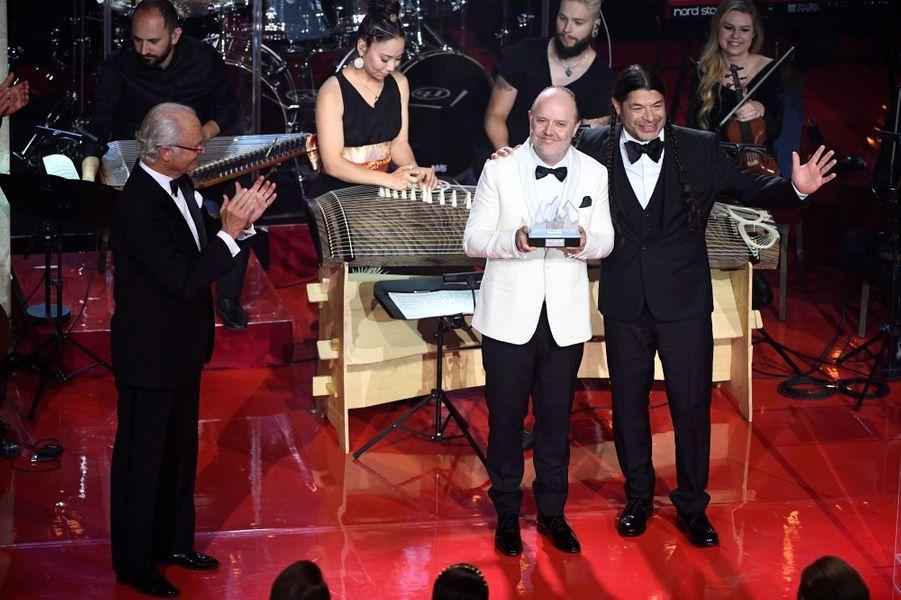 Le roi Carl XVI Gustaf de Suède remet le Polar Music Prize 2018 au groupe Metallica à Stockholm, le 14 juin 2018