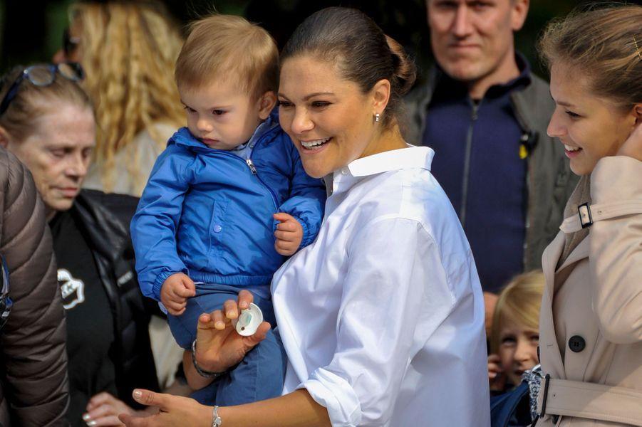La princesse Victoria de Suède et le prince Oscar à Solna, le 10 septembre 2017