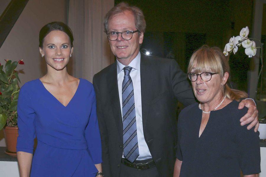 La princesse Sofia avec l'ambassadeur de Suède en Afrique du Sud et sa femme, à Pretoria le 7 septembre 2015