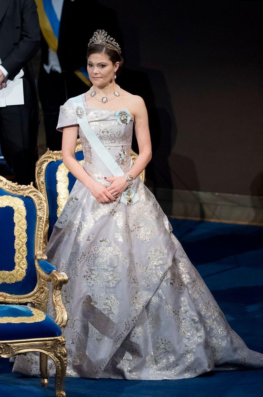 La princesse héritière Victoria de Suède dans une robe H & M à Stockholm, le 10 décembre 2016