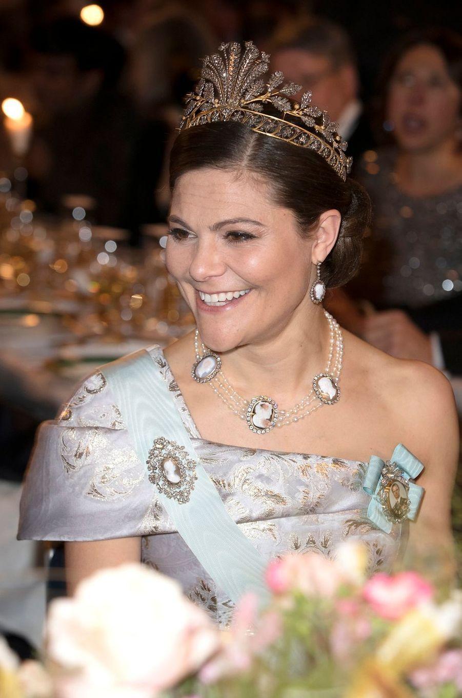La princesse Victoria de Suède porte la Napoleonic Cut Steel Tiara à Stockholm, le 10 décembre 2016