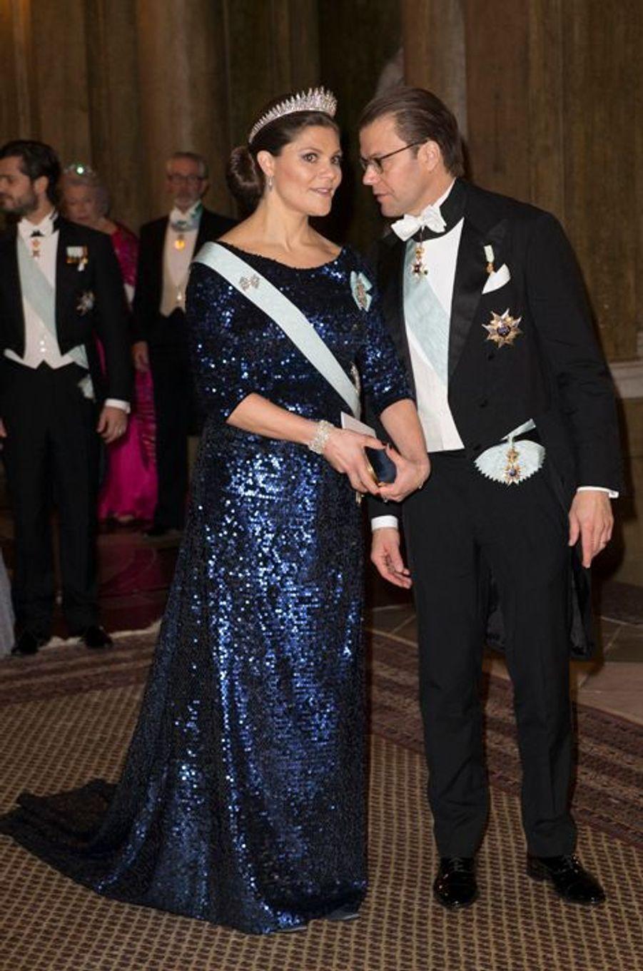 La princesse Victoria de Suède avec le prince consort Daniel, le 11 décembre 2015