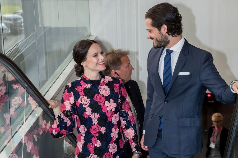 La princesse Sofia et le prince Carl Philip de Suède à un forum contre l'intimidation à Solna, le 7mai 2017