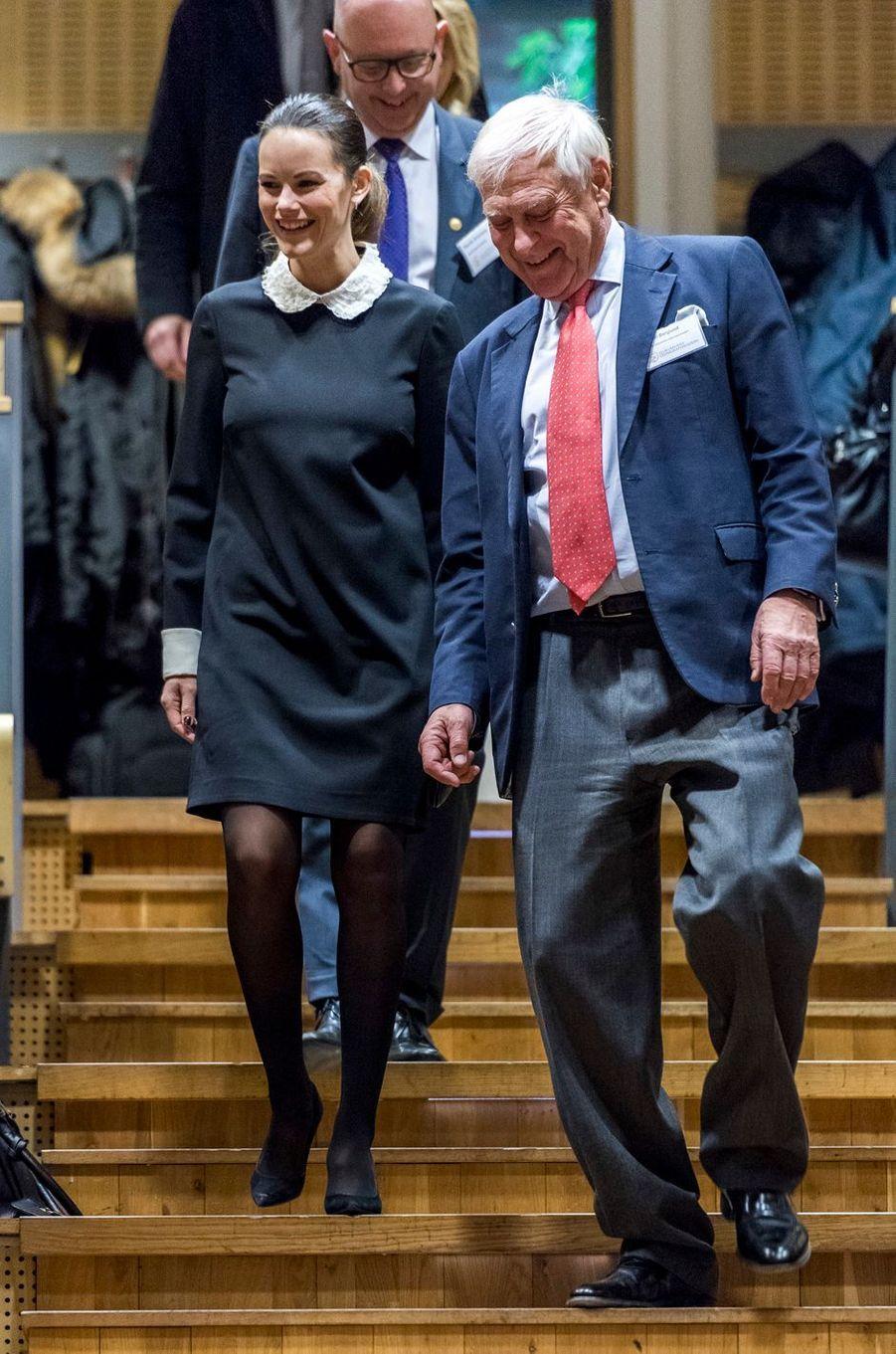La princesse Sofia de Suède, née Hellqvist, arrive au Karolinska Institutet à Solna, le 6 décembre 2016