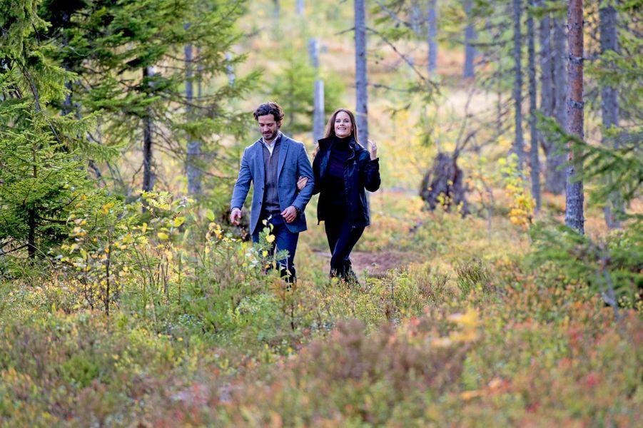 La princesse Sofia et le prince Carl Philip de Suède dans le comté de Dalarna, le 30 septembre 2016