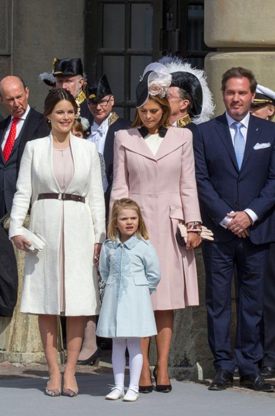 Les princesses Sofia, Estelle et Madeleine de Suède et Christopher O'Neill à Stockholm, le 30 avril 2016