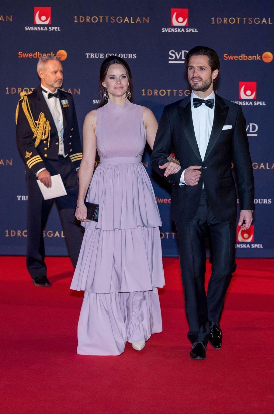 La princesse Sofia au bras de son époux, le prince Carl Philip de Suède, à Stockholm le 15 janvier 2018
