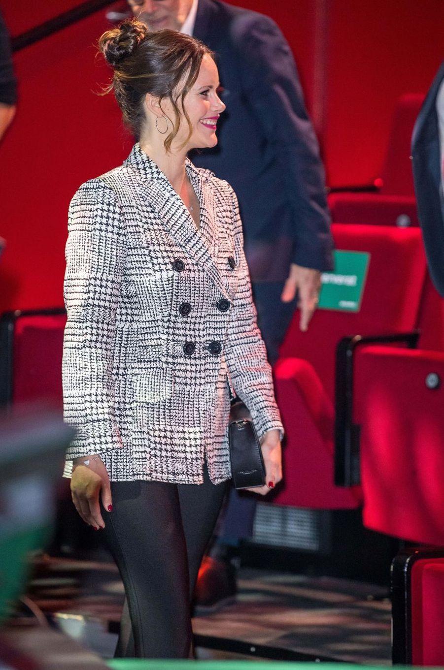 La princesse Sofia de Suède dans une veste pied-de-poule à Stockholm, le 30 novembre 2017