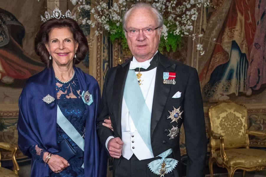 La reine Silvia et le roi Carl XVI Gustaf de Suède au Palais royal à Stockholm, le 23 mars 2017