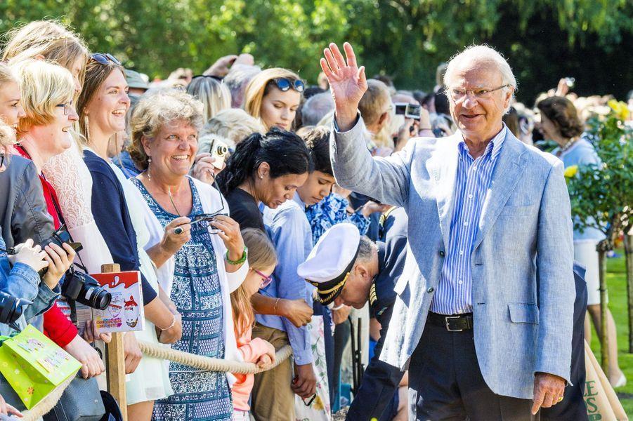 Le roi Carl XVI Gustav sur l'île d'Öland, le 15 juillet 2017.