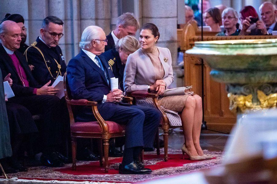 La princesse Victoria et le roi Carl XVI Gustaf de Suède à Uppsala, le 2 octobre 2018