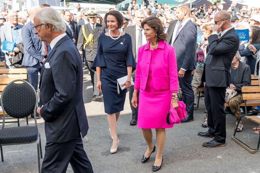 La reine Silvia et le roi Carl XVI Gustaf de Suède avec la Première dame de Finlande à Stockholm, le 24 août 2017