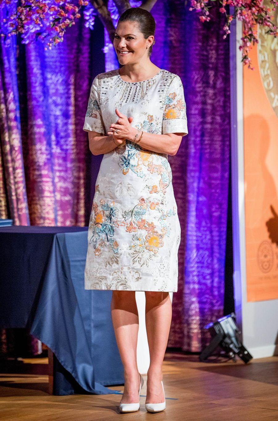 La princesse Victoria de Suède dans une robe H&M à Stockholm, le 18 mai 2017