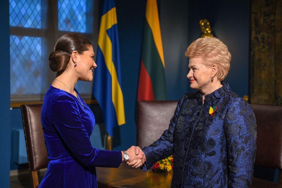 La princesse Victoria de Suède avec la présidente de Lituanie à Vilnius, le 16 février 2018