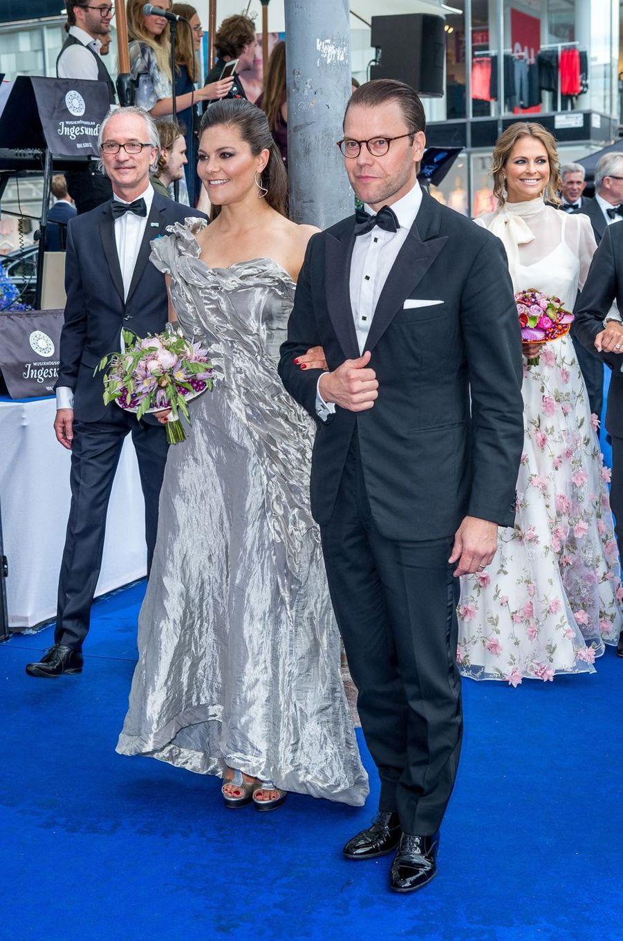 Les princesses Victoria et Madeleine de Suède et le prince Daniel à Stockholm, le 15 juin 2017