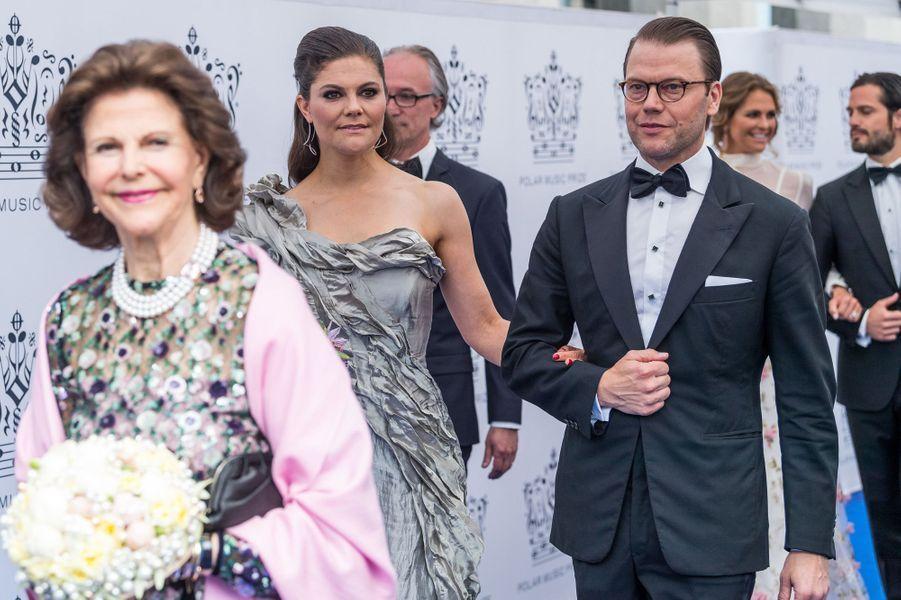 La reine Silvia, la princesse Victoria et le prince Daniel de Suède à Stockholm, le 15 juin 2017