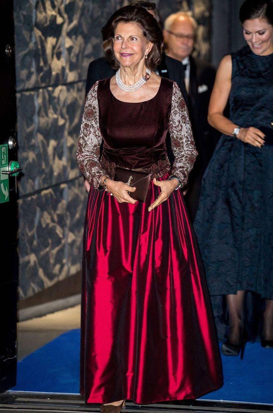 La reine Silvia avec la princesse Victoria de Suède à Stockholm, le 14 novembre 2017