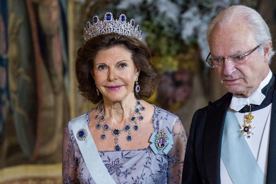 La reine Silvia et le roi Carl XVI Gustaf de Suède à Stockholm, le 11 décembre 2017