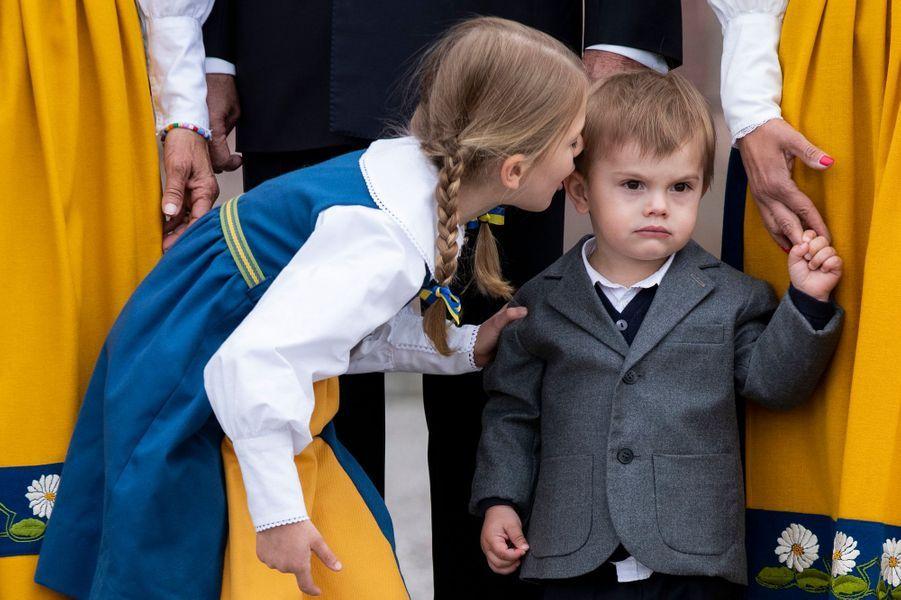 La princesse Estelle et le prince Oscar de Suède à Stockholm, le 6 juin 2018