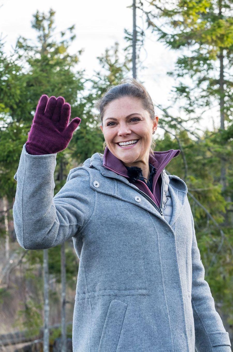 La princesse Victoria de Suède en randonnée dans le Wärmland, le 17 novembre 2017