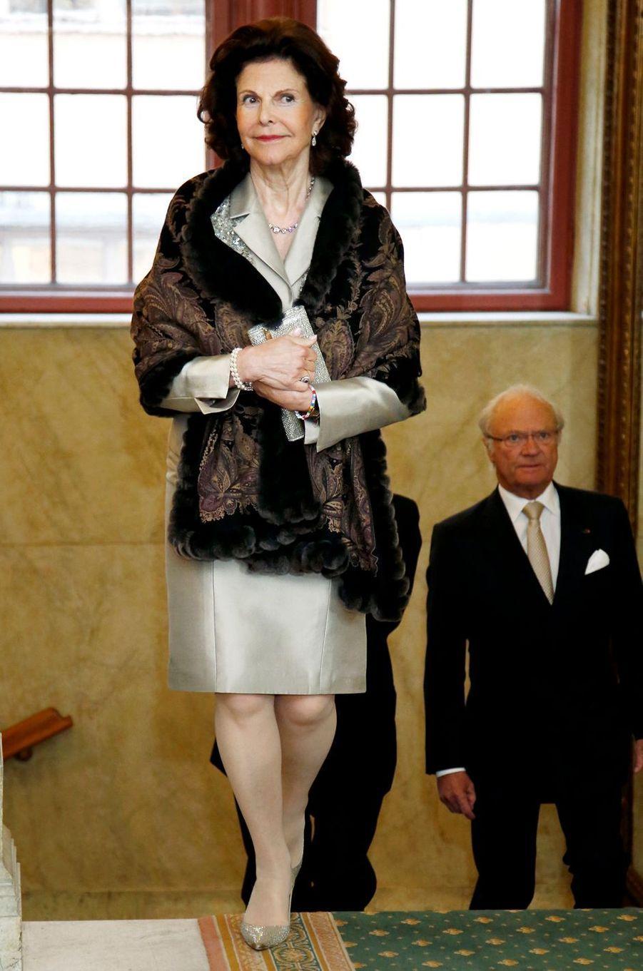 La reine Silvia et le roi Carl XVI Gustaf de Suède à Stockholm, le 11 mai 2016