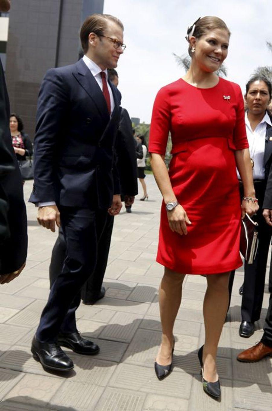 La princesse Victoria de Suède, avec le prince consort Daniel, le 19 octobre 2015