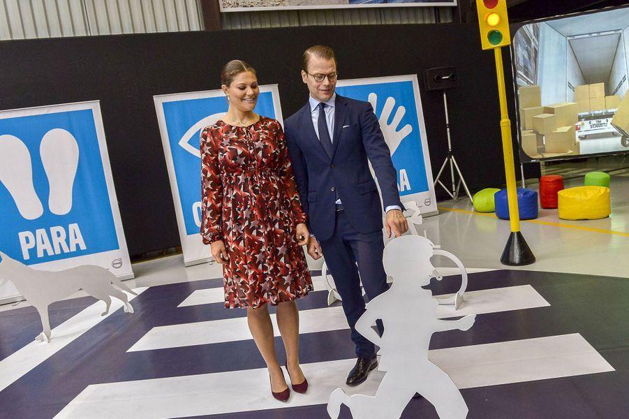 La princesse Victoria de Suède, avec le prince consort Daniel, le 20 octobre 2015