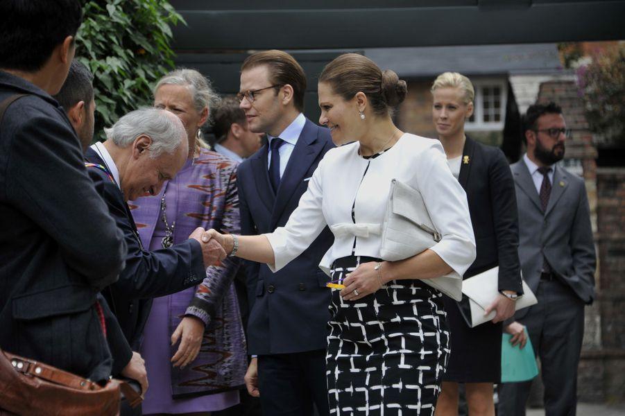 La princesse Victoria de Suède, avec le prince consort Daniel, le 23 octobre 2015