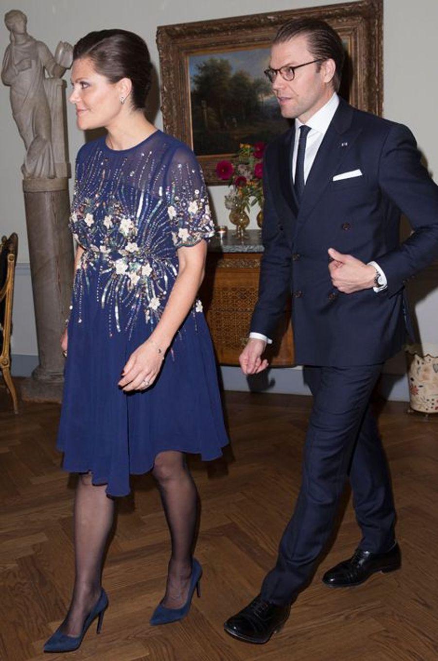 La princesse Victoria de Suède, avec le prince consort Daniel, le 5 novembre 2015