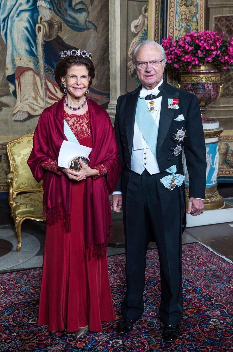 La reine Silvia et le roi Carl XVI Gustaf de Suède à Stockholm, le 23 novembre 2017