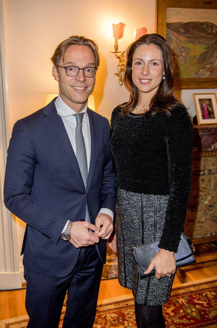 Le prince Jaime de Bourbon de Parme et son épouse la princesse Viktoria à l'ambassade de Suède à Rome, le 15 décembre 2016