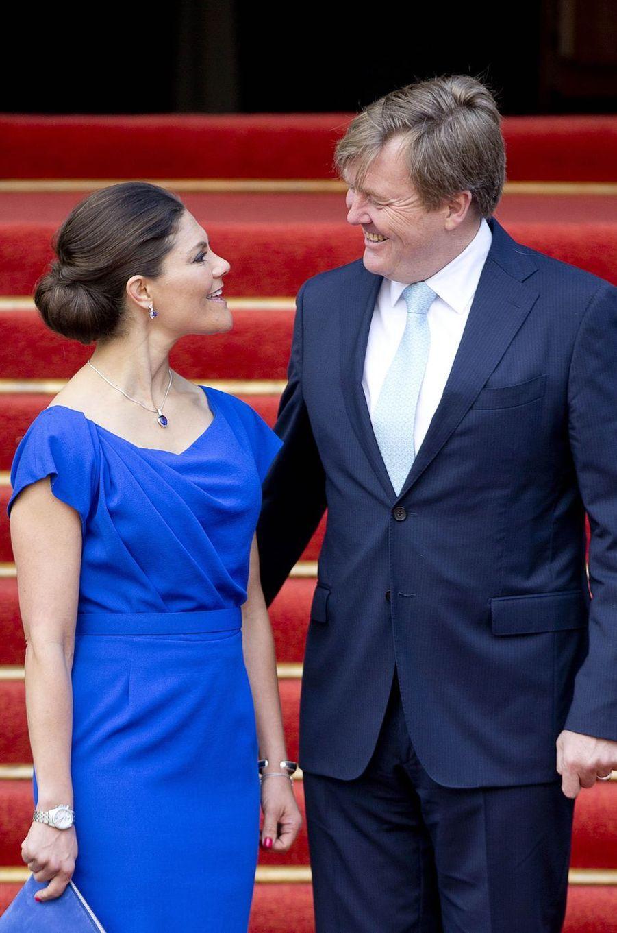 La princesse héritière Victoria de Suède et le roi Willem-Alexander des Pays-Bas à La Haye, le 26 avril 2017