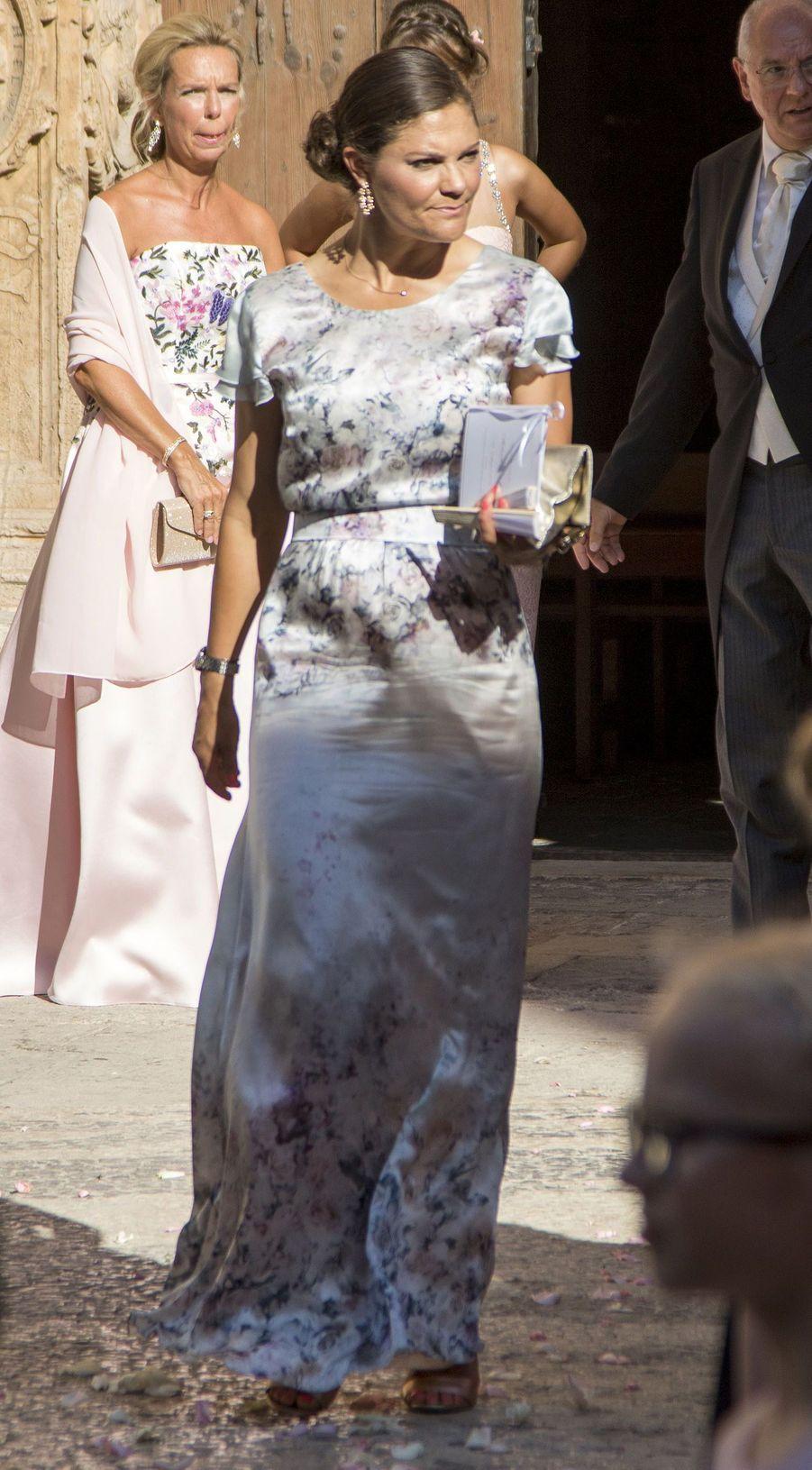 La princesse Victoria de Suède au mariage de sa cousine Helena Christina Sommerlath à Palma de Majorque, le 5 août 2017
