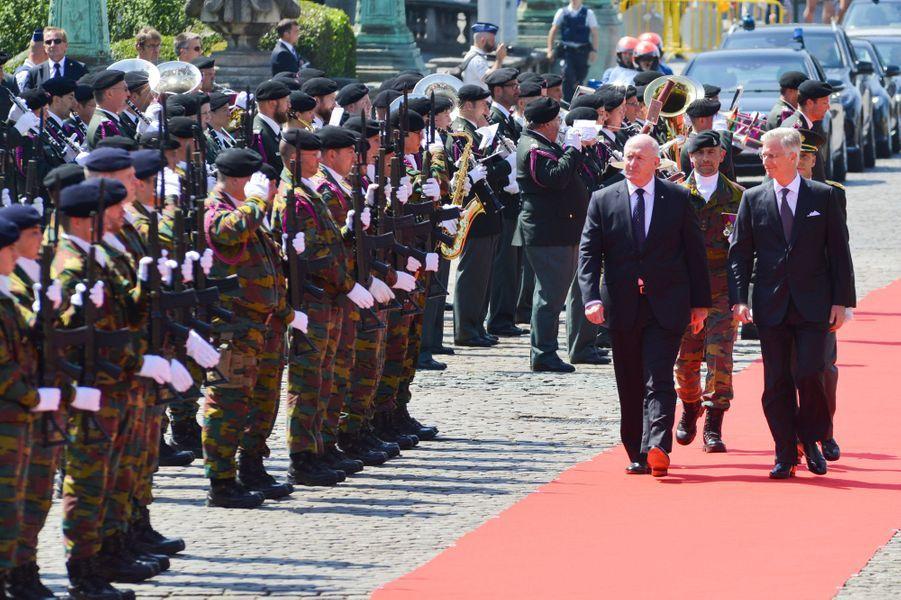 Le roi des Belges Philippe avec le gouverneur général de l'Australie Peter Cosgrove à Bruxelles, le 27 juin 2018