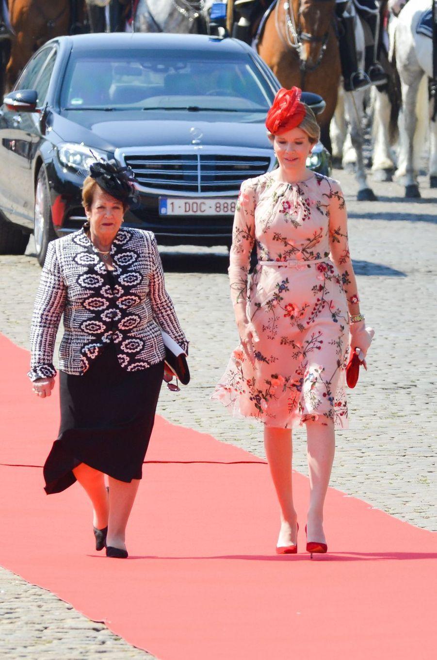 La reine Mathilde de Belgique et Lynn Cosgrove à Bruxelles, le 27 juin 2018