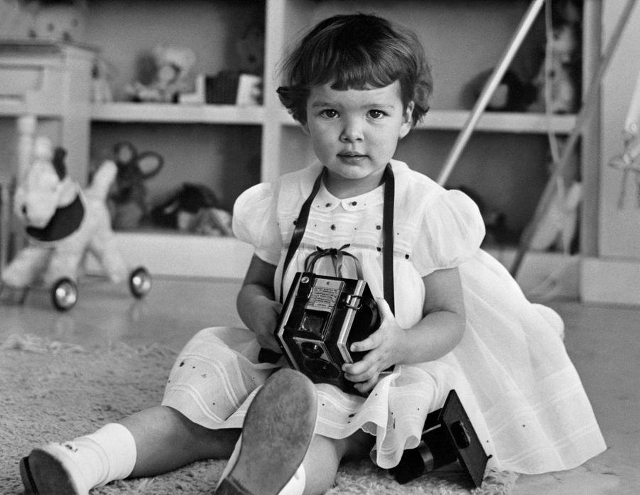 La princesse Caroline de Monaco à 2 ans, le 23 janvier 1959