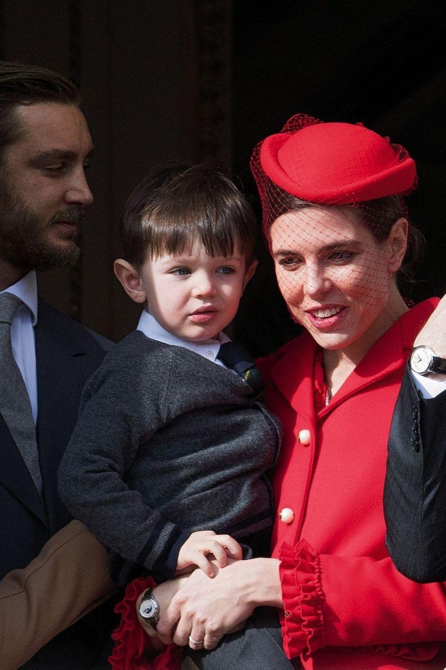Première apparition publique pour Raphaël, bientôt 3 ans. Avec Charlotte, sa maman, et Pierre, son oncle.
