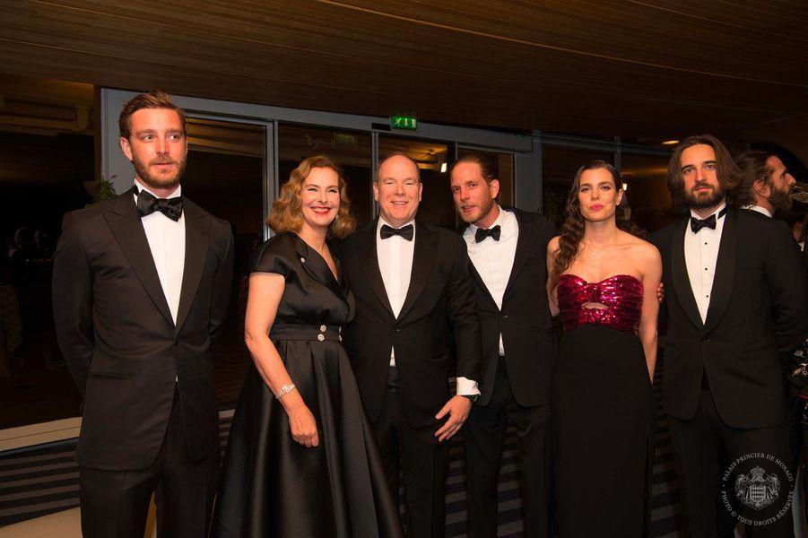 Pierre Casiraghi, Carole Bouquet, le prince Albert, Andrea Casiraghi, Charlotte Casiraghi et Dimitri Rassam au Bal de la Rose, au Sporting Monte-Carlo, le 30 mars 2019.