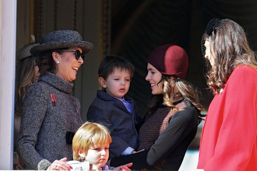 Caroline de Hanovre, son petit-fils Sacha, sa fille Charlotte Casiraghi avec Raphaël, 4 ans en décembre.