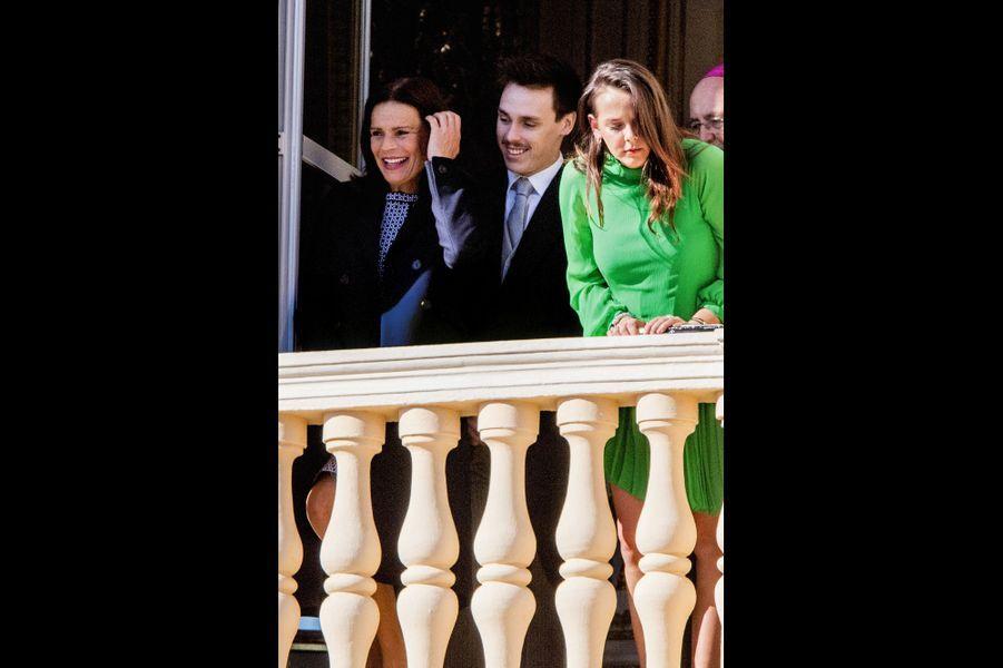 Stéphanie de Monaco, ses enfants, Louis et Pauline Ducruet. A leurs pieds, Raphaël, 4 ans, Sacha, 4 ans et demi, et sa sœur India, 2 ans.
