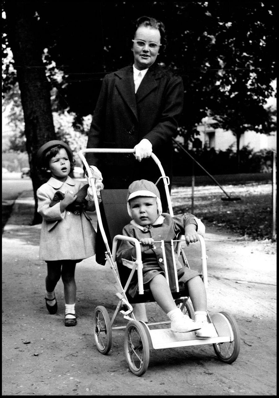 Albert et Caroline à Paris, le 24 aout 1961