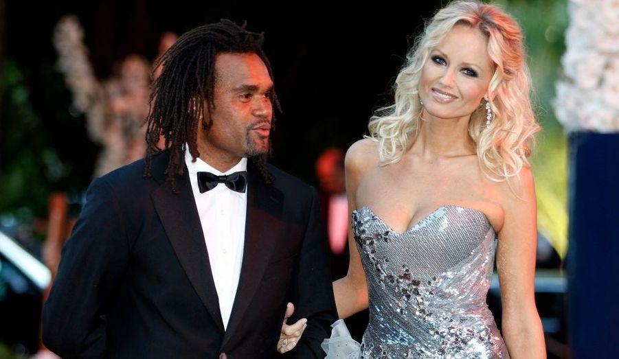 Le mannequin et ambassadrice de la Croix Rouge est venu accompagné de son mari, l'ex-footballeur Christian Karembeu.