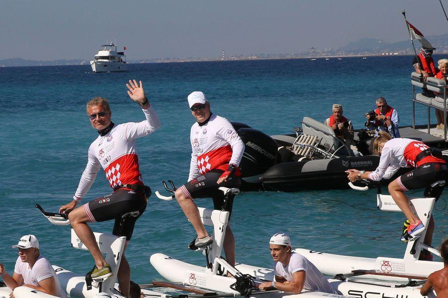David Coulthard et Albert II de Monaco, côte-à-côte pour le départ du Challenge.