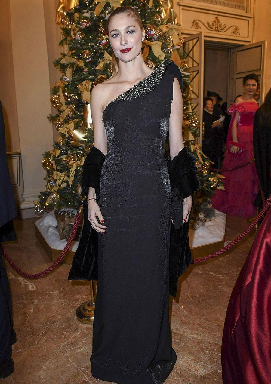 Beatrice Borromeo à l'Opéra à Milan en décembre 2018