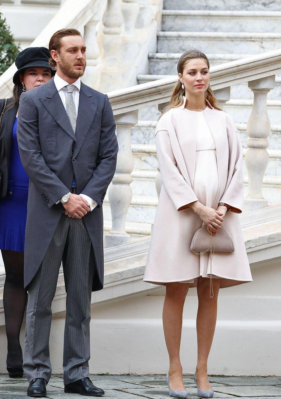 Pierre Casiraghi et Beatrice Borromeo (enArmani Privé)lors de la fête nationale de Monaco en novembre 2016
