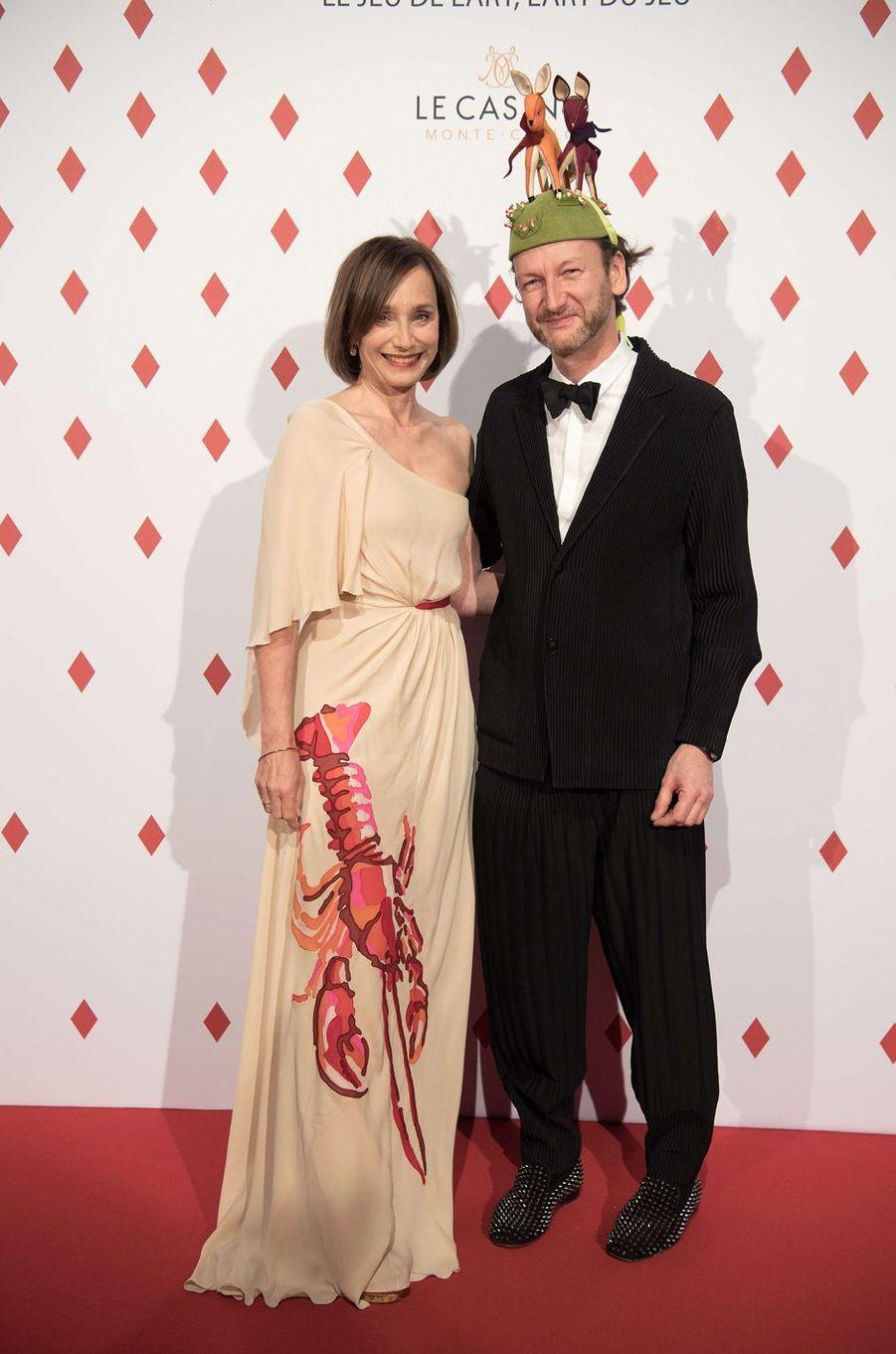 Kristin Scott Thomas et Charles Kaisin à Monaco, le 28 avril 2017