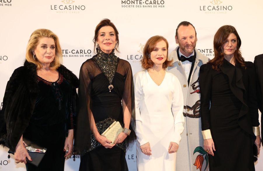 Au Dîner Surréaliste Avec Caroline De Monaco 8