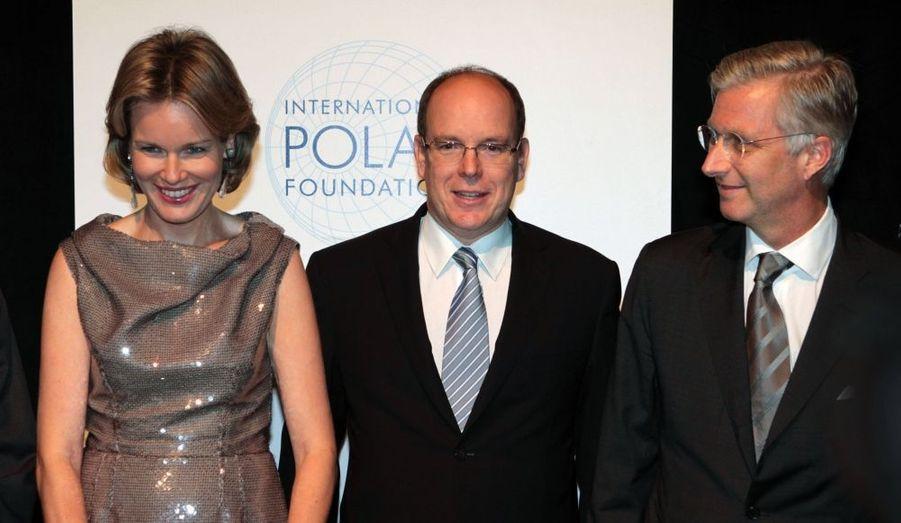 """Albert, le Prince héritier de Belgique, Philippe, son épouse Mathilde au diner de gala des dix ans de la """"Tour & Taxis International Polar Foundation"""" à Bruxelles le 3 octobre."""